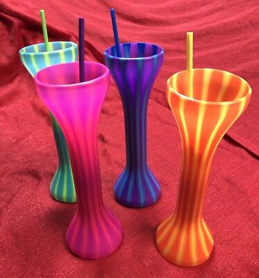 Set Of 4 Colorful Beverage Drink Cup Tall Plastic Containers With Straws