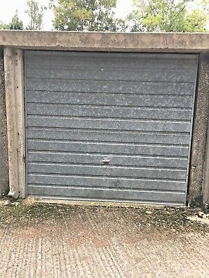 Garage to rent in Staines Middlesex