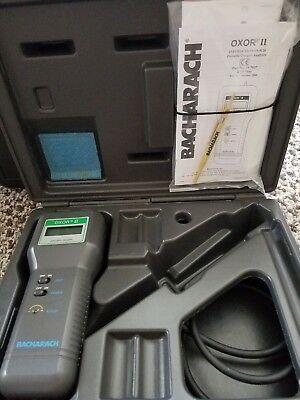 Bacharach Oxor II Electronic Gas Analyzer W/ Case