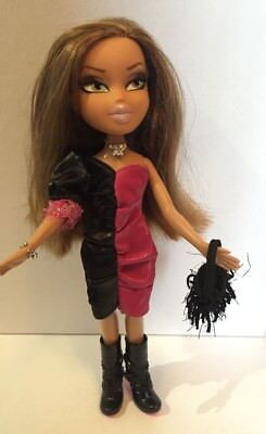 Bratz Doll - Fashion Show Yasmin Redressed