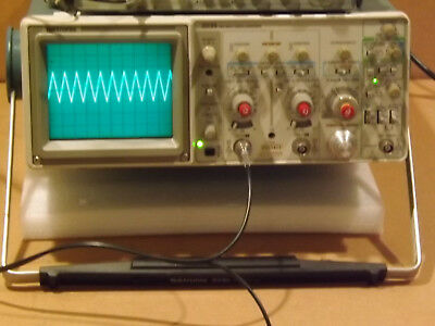 Tektronix 2235 Two Channel 100MHz Oscilloscope with Delayed Sweep Unit 2