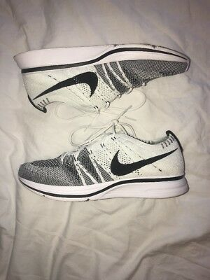 Nike Flyknit Trainer - White And Black - Size UK 7