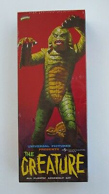 CREATURE FROM THE BLACK LAGOON PLASTIC MODEL KIT (FACTORY SEALED) from 1999