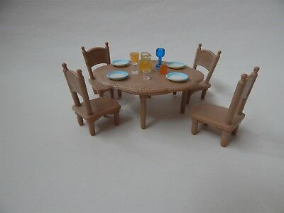 Sylvanian Families - Table and four chairs - Epoch