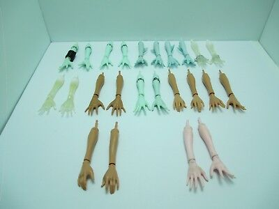 Monster High Replacement Arms and Hands Frankie Draculaura Cleo Clawdeen Lagoona