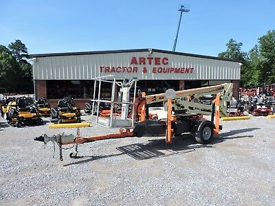 2013 Jlg T350 Towable Boom Lift - Jlg - 35' Reach - Articulating  - Low Hours!!