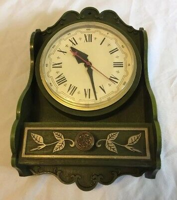 Vintage RETRO KITCHEN CLOCK By Spartus GREEN Shelf Shaped Electric Clock  Works