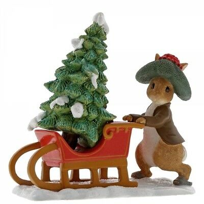 Beatrix Potter A29385 Benjamin Bunny Preparing for Christmas Figurine