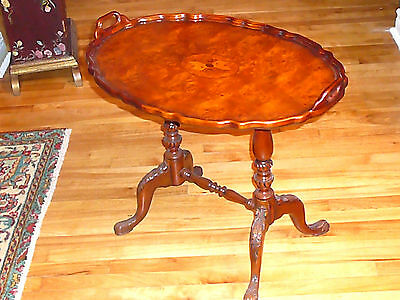 Luxurious Louis XVI Style Honey Burl Mahogany Oval Tea Table Superb Replica/1850