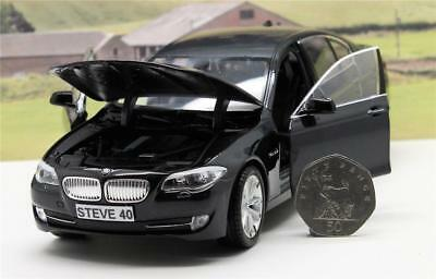 PERSONALISED PLATE GIFT 18cm 1//24 White BMW Model Boys Dad Xmas Present Boxed