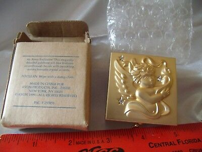 Avon 1999 Goldtone pillbox with Embossed Cherub and crystal accents