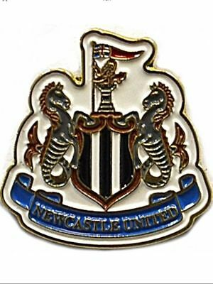 NEWCASTLE UNITED Enamel Crest Pin Badge Official merchandise Fathers Day Gift