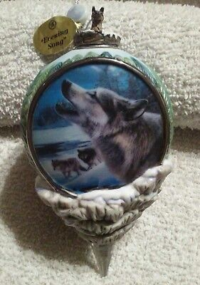 "ORNAMENT: Bradford Edition: WOLF: ""Evening Song"" three wolves, one up close howl"