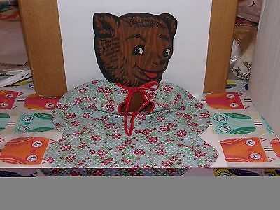 Vintage 1950's Yellowstone Park Souvenir Wood Bear Hankie and Hose Holder