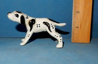 Pointer Hunting   Dog   Glossy Ceramic   Figurine  Nice Quality