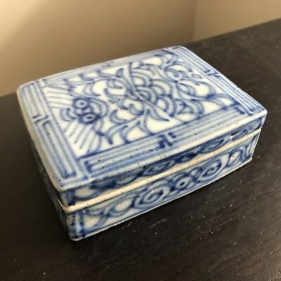 Antique Qing Chinese Blue & White Porcelain Lid Trinket Paste Art Jewelry Box