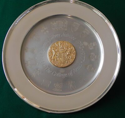 College of Arms Solid Silver Queen Elizabeth 11 Jubilee Plate 578g Cert & Frame