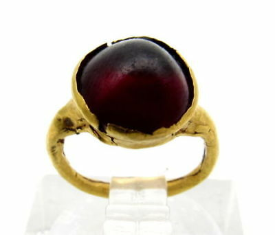 Roman Gold Ring With Red Cabochon 2Nd Century Ad