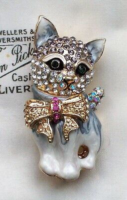 Vintage Retro Style Jewellery Adorable Enamel Kitty Cat Kitten In Bow Brooch/pin