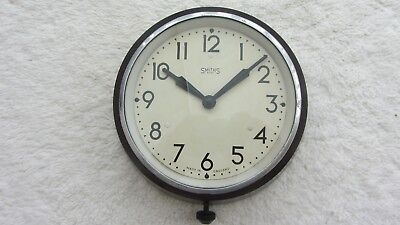 Bakelite Smiths 8 day wall clock working ( wind up ) VERY GOOD CONDITION.
