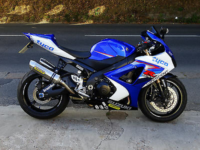 suzuki gsxr 1000 k7 k8 exhaust hangers race or trackday. Black Bedroom Furniture Sets. Home Design Ideas