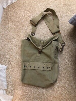 Original Wwii Us Army Khaki Medic Bag With Sangles And Inserts Named