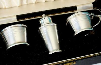 Fine Art Deco Design Cased Solid Silver Cruet Set - Bham 1946 - Mappin & Webb