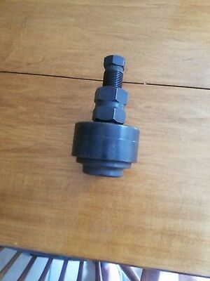 """Greenlee 2 3/4"""" Diameter  Knockout Punch 5004247"""