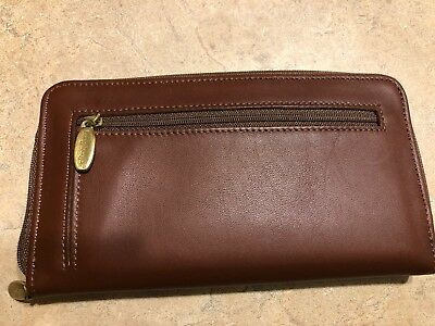 Longaberger Country Estates  Leather Wallet and Coin Purse