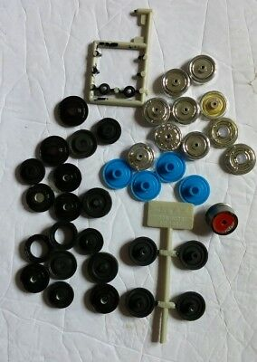 Revell Monogram Plastic wheel Hubs Model Cars Junkyard Lot of 38 1/25 Scale