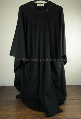 Gorgeous or Goth vintage Jimmy Hourihan Irish wool & cashmere black cape, EX!