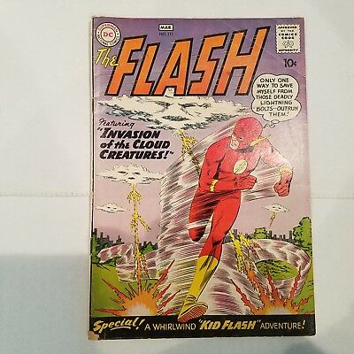 Flash 111 VG    HUGE DC SILVER AGE COLLECTION No Reserve