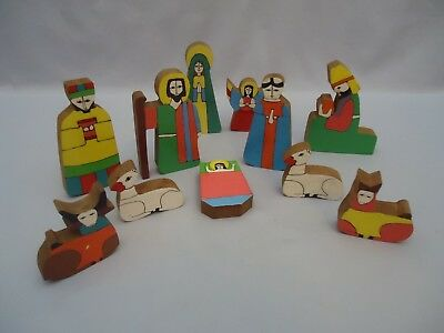 Vintage Folk Art El Salvador 11 piece Nativity Colorful Painted Wood Set AS IS
