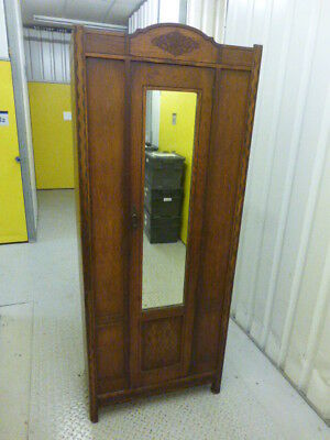 Elegant WARDROBE - Arts and Crafts style 20th Century - OAK - Lovely Condition