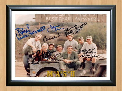 Mash M*A*S*H Cast TV Series Signed Autographed A4 Photo Poster Memorabilia dvd