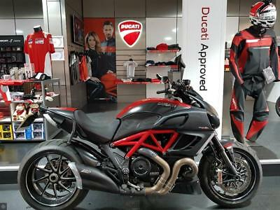 Ducati Diavel Carbon Red *full Ducati Service History