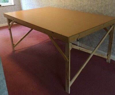 Large Fabric Cutting Table190x122 6ft x 4ft
