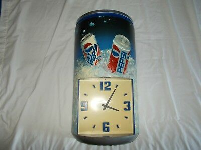Vintage 1990's Pepsi Diet Pepsi Advertising Plastic Can Wall Clock TESTED WORKS