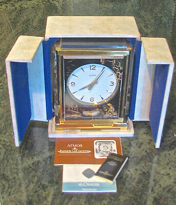 This is a running LeCoultre Atmos Clock with a Case V by Marina Caliber 526-5