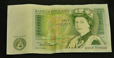 English Money One Pound Note plus Old and New Coins
