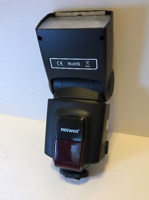 Neewer TT560 Speed Light for DSLR Camera - Gently Used! Clean VG Nice Condition!