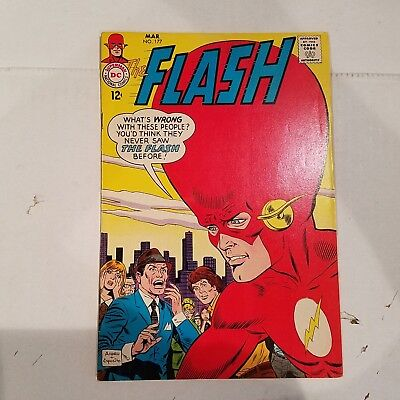 Flash 177 VF  HUGE DC SILVER AGE COLLECTION No Reserve