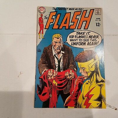 Flash 189 F/VF  HUGE DC SILVER AGE COLLECTION No Reserve
