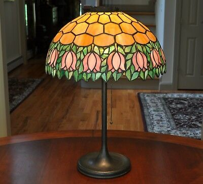 Antique Unique Art Glass & Metal Co. Leaded Lamp with Tulips Stained Glass Lamp