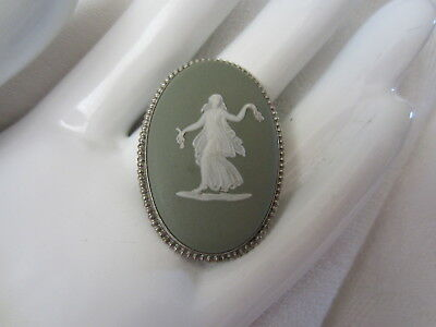 Vintage WEDGWOOD Green Jasperware STERLING SILVER Grecian Cameo Oval PIN BROOCH