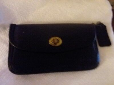 VTG coach black leather pouch/wallet with turnlock closure