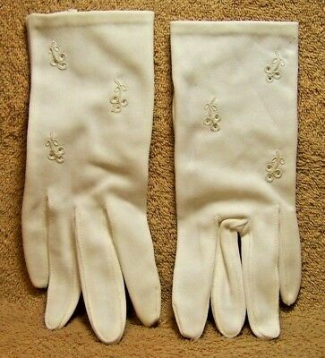 "Vintage ""WHITE EMBROIDERY TRIM GLOVES"""