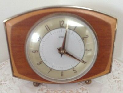 Vintage Retro 1960s Metamec 8 Day Two-Tone Wooden Mantle Clock - Wind-Up GWO