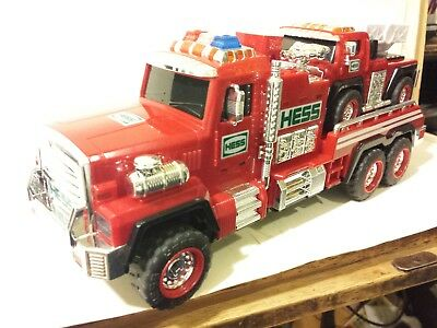 Hess 2015 Fire Truck and Ladder Rescue