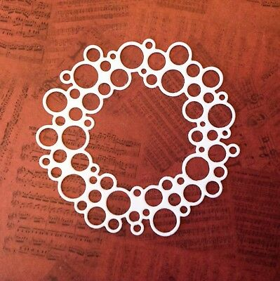 New - Wreath Die-cuts (pack of 8) White